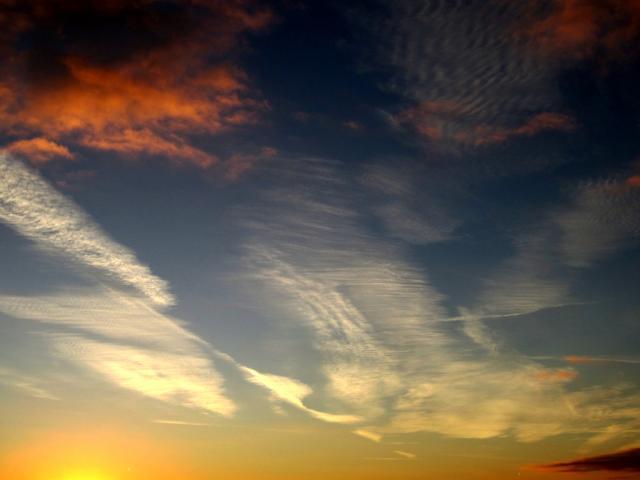 Cirrus à l'aube