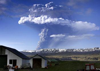 Evolution du nuage de cendres du volcan Islandais Grimsvoetn
